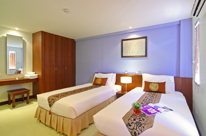 Floral Shire Resort, a hotel near Suvanabhumi International Airport